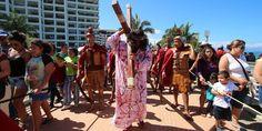 Realizan el tradicional Vía – Crucis en el centro de la ciudad