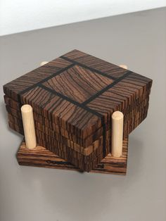Diy Wooden Projects, Wood Shop Projects, Small Wood Projects, Woodworking Projects That Sell, Woodworking Techniques, Wooden Diy, Woodworking Crafts, Wood Crafts, Homemade Coasters