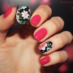 Omg... Awesome nails