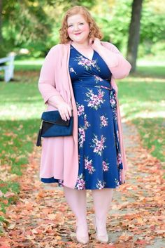 39 Fabulous Casual Spring Outfit 2019 for Women Plus Size Plus Size Fashion Blog, Plus Size Fashion For Women, Plus Size Womens Clothing, Casual Dresses For Women, Nice Dresses, Clothes For Women, Wrap Dresses, Halter Dresses, Dressy Dresses