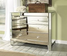 Mirrored Chest of Drawers L6024