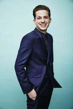 Charly Puth, Cute Celebrities, Celebs, Charlie Puth Music, Best Eyebrow Products, King Of Music, Elegant Outfit, Rock Style, Look Cool