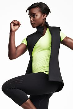 Made for movement, the new Nike Therma-Sphere Max Vest traps warmth without weighing you down so you can take your training outside.