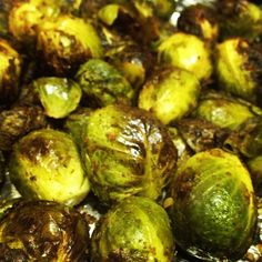 BALSAMIC ROASTED BRUSSELS SPROUTS — LIVINPALEO