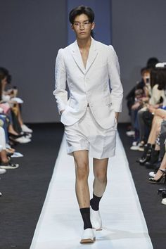 Pushbutton Spring/Summer 2016 - Seoul Fashion Week