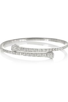Fuck It — Gucci white gold diamond bracelet . White Gold Diamond Bracelet, 18k Gold Bracelet, Diamond Bracelets, White Gold Diamonds, Diamond Jewelry, Gucci Bracelet, Bangle Bracelet, Jewelry Bracelets, Clean Gold Jewelry