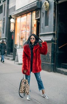 53 Best Winter Coats And What To Wear Them With Outfit Outfit Stylish Winter Coats, Best Winter Coats, Winter Coats Women, Coats For Women, Fall Coats, Red Winter Coat, Women's Coats, Winter Fashion Casual, Fall Winter Outfits