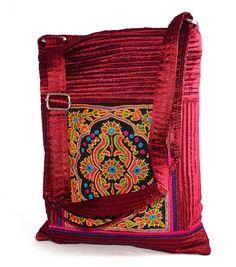 Silk Embroidery Handbag www.styleincraft.com #EmbroideryBag #SilkBag  #HandmadeBag
