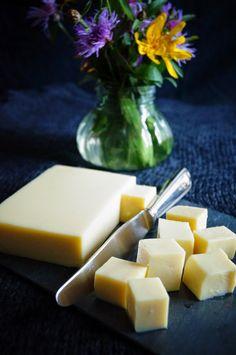 KNUSPERKABINETT: Tofu aus Kichererbsen (Shan Tofu)