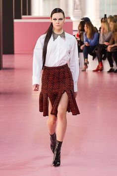 Christian Dior - #PFW Fall/Winter 2015/2016 www.so-sophisticated.com