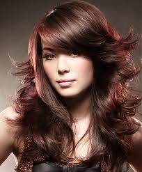 A gorgeous haircut for round shaped face<3 Hairstyles With Bangs, Hairstyle Ideas, Layered Hairstyles, Gorgeous Hairstyles, Long Haircuts, Messy Hairstyle, Hair Ideas, Trendy Hairstyles, Cropped Hairstyles