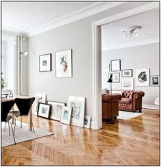 Would prefer normal wood floors but luv luv luv the grey walls n white skirting. Would prefer normal wood floors but luv luv luv the grey walls n white skirting. ähnliche Projekte und Ideen wie im Bild. Floor Design, House Design, Living Room Decor, Living Spaces, Dining Room, Living Room Wood Floor, Light Grey Walls, Neutral Walls, Gray Walls