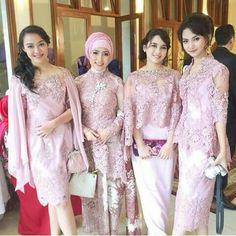 New wedding makeup elegant bridesmaid 29 Ideas Dress Brukat, Batik Dress, Lace Dress, Dress Party, Dress Brokat Modern, Kebaya Modern Dress, Model Kebaya Brokat Modern, Kebaya Lace, Kebaya Dress