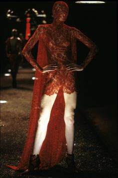 Alexander McQueen Fall 1998 Ready-to-Wear Collection Photos - Vogue