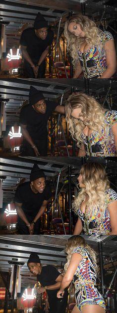 Jay Z surprising Beyoncé backstage in London last night