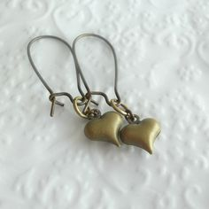 Vintage Heart Charm Dangle Earrings by theblackstarboutique, $12.00