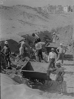 Leveling the dunes of Tel Aviv (circa 1920)