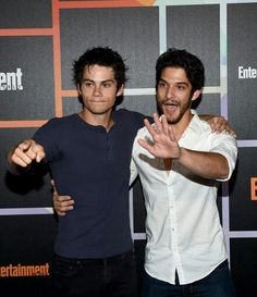 Teen Wolf's Tyler Posey & Dylan O'Brien Get Animated at EW's Comic-Con Party Photo Tyler Posey and Dylan O'Brien have fun with the cameras while arriving at Entertainment Weekly's 2014 Comic-Con Celebration held during 2014 Comic-Con at Float… Teen Wolf Dylan, Teen Wolf Cast, Dylan O'brien, Wolf Tyler, Teen Wolf Ships, Tyler Posey, Entertainment Weekly, White Man, Hot Boys