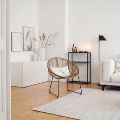 White, simple living room decor ideas - Best Picture For diy projects For Your Taste You are looking for something, and it is going to te - Living Room Interior, Home Living Room, Apartment Living, Living Room Designs, Chairs For Living Room, Scandi Living Room, Home Design, Interior Design, Salon Design