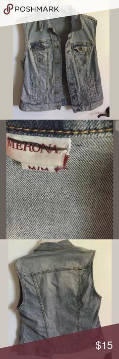 Sz M sleeveless denim jacket Guc Jackets & Coats Vests