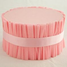 DIY ruffled cake stand