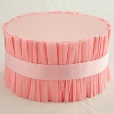 DIY ruffled cake stand