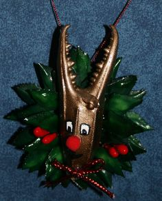See our The Cajun Alligator Foot Ornament Made in Louisiana from a Real Alligator Foot -- - Classified Ad Seashell Christmas Ornaments, Beach Ornaments, Shell Ornaments, How To Make Ornaments, Christmas Wreaths, Christmas Crafts, Christmas Decorations, Christmas Ideas, Nautical Christmas