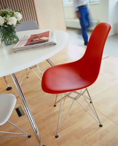 #Eames molded plastic #DSR by @vitra