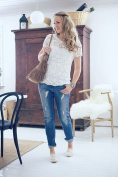 lace shirt, light jeans and espadrilles