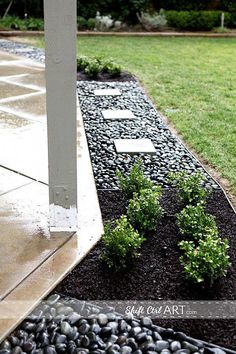 Awesome River Rock Landscaping Ideas and Photos 18 Awesome River Rock Landschaftsbau Ideen und Fotos Patio Edging, Gravel Patio, Diy Patio, Backyard Patio, Backyard Ideas, Patio Ideas, Garden Ideas, Patio Bed, Pavers Ideas