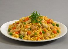 How To Cook Curry Rice With Chicken Easy Recipe Uploaded By SmileyGirl Spicy Chicken And Rice Recipe, Curry Chicken And Rice, Easy Chicken Recipes, Rice Recipes, Gourmet Recipes, Healthy Recipes, Curry Rice, Menu Dieta, Gastronomia