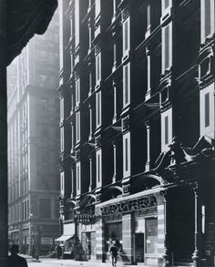 Andreas Feininger The cast-iron facade of the Potter Building, Nassau Street Manhattan, circa 1940s