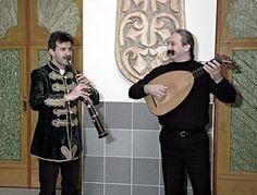 Musicians with tarogato (left) and koboz (right) Google Image Result for http://www.bekecsaba.hu/pic/lant-tarogato.jpg