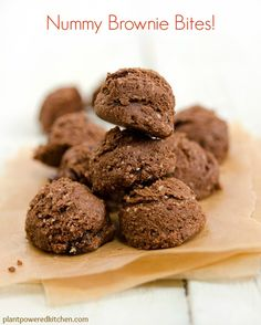 Love those little bites of brownies, but don't care for the ingredients? Try these delicious brownie bites, made vegan and with whole foods (oil-free)!