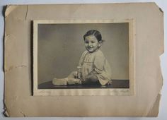 India 1960s Vintage Photo Small Baby with Smile mounted on cardbord #p58