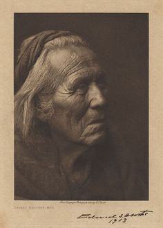 5 X 7 inch (image size) photogravure of a Navaho medicine-man on composition board, with original signature of Edward S. Curtis and 1913 date - photo cropped from X 11 inch original sheet, but otherwise not modified or retouched Native American Pictures, Native American Beauty, Native American Tribes, Navajo People, Rainbow Warrior, Navajo Nation, Native Indian, Indian Tribes, Native Art