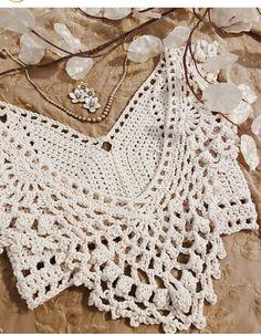 Finger Crochet, Crochet Twist, Easy Crochet, Knit Crochet, Crochet Bikini Pattern, Crochet Crop Top, Crochet Blouse, Crochet Skirts, Crochet Clothes