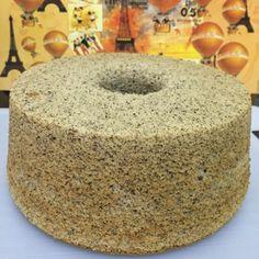 Ingredients: Self Raising Flour Organic Black Sesame Powder organic coconut oil corn oil milk 4 large egg yolks egg) tsp salt 4 egg whites tsp cream of tartar s… Chiffon Recipe, Chiffon Cake, Baking Recipes, Cake Recipes, Black Sesame, Sponge Cake, Organic Coconut Oil, No Bake Desserts, Cheesecake