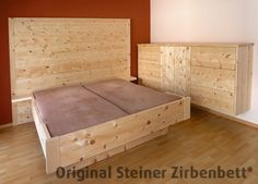 zirbenbett watzmann massivholzbett mit großem zirbenholz-kopfteil ... - Dream Massivholzbett Ign Design