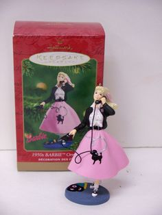 NIB BARBIE 2001 HALLMARK 1950'S BARBIE CHRISTMAS ORNAMENT Christmas Barbie, Christmas Holidays, Holiday Ornaments, Holiday Decor, Telephone, Barbie Dolls, 1950s, Disney Princess, Art