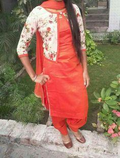 Punjabi Suits Designer Boutique, Indian Designer Suits, Designer Salwar Suits, Indian Suits, Salwar Neck Designs, Kurta Designs Women, Blouse Designs, Punjabi Suit Simple, Patiala Salwar Suits