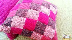 pletená obliečka na vankúšik - zo zbytkov klbiek - tentokrát ružová Blanket, Crochet, Crochet Hooks, Blankets, Crocheting, Carpet, Thread Crochet, Hooks, Quilting
