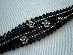 Kliknutím zavřít Lace Jewelry, Jewlery, Lace Bracelet, Beaded Bracelets, Lace Heart, Lace Making, Bobbin Lace, Lace Detail, Creations