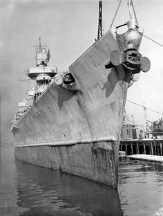 I agree, the germans knew how to build a ship with very nice lines. This is her in Jan 1946 in boston where she was taken and examined extensively by the Navy and then allocated to Bikini atol. Heavy Cruiser, Naval History, Navy Ships, Time Photo, Submarines, Model Ships, Sea World, History, Boats