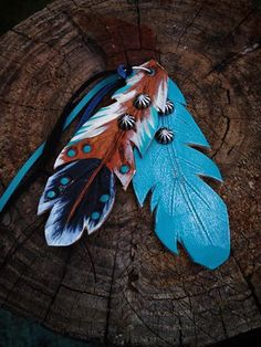 saddle feathers - small