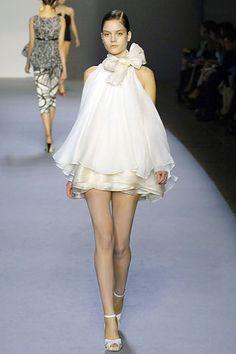 Giambattista Valli Spring 2007 Ready-to-Wear - Collection - Gallery - Style.com