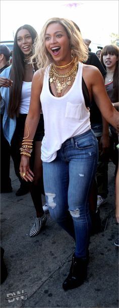 white, blue jeans, tank top, ripped jeans, ankle boots black, casual+