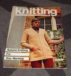 . MACHINE KNITTING MAGAZINE - MODERN KNITTING SEPT 1970