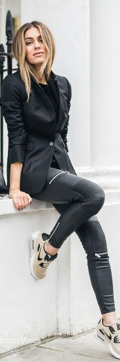 summer outfits  Black Blazer + Black Leather Skinny Pants + Beige Sneakers