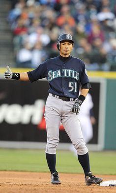 Ichiro needs a ride. Hitchhiker. Mariners.
